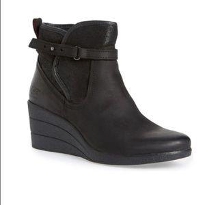 Ugg Emalie waterproof boots